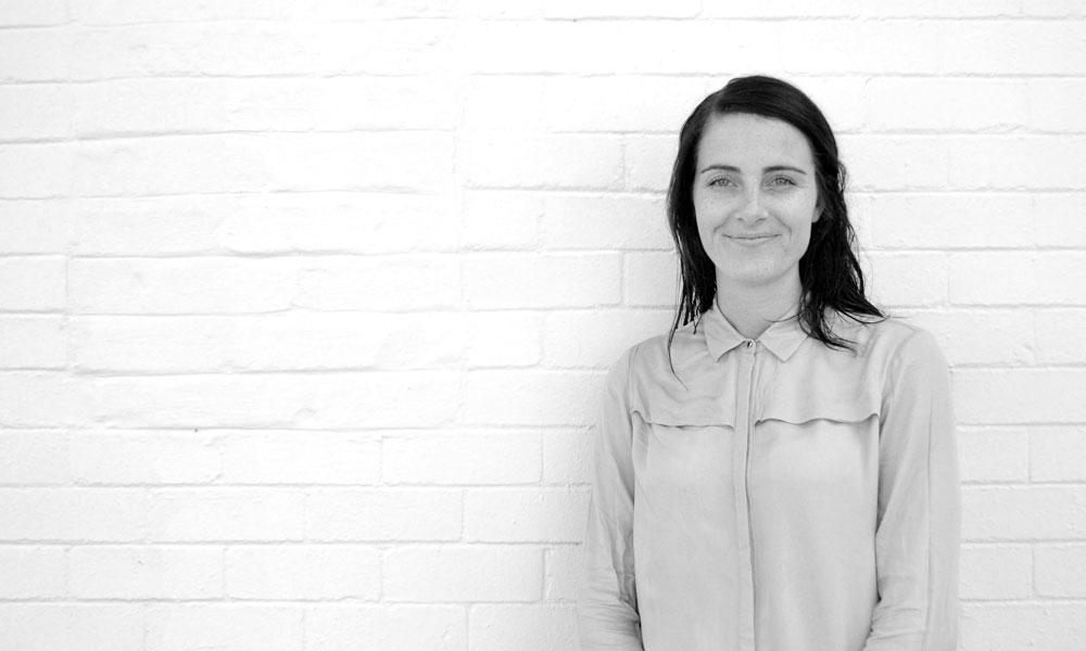 Hestre Kamper: Graphic and Motion Designer